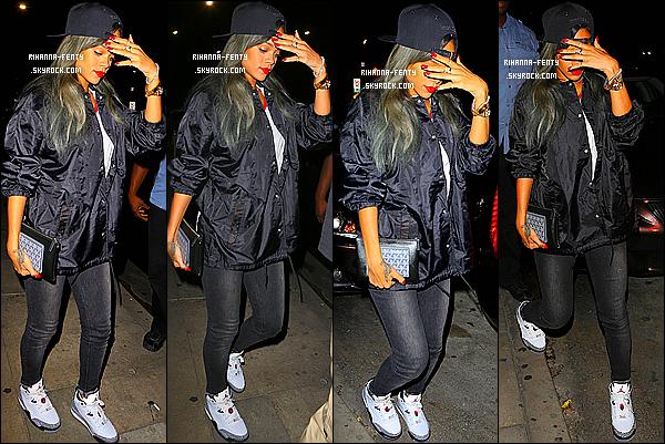 _ 30/07/13 : Rihanna F. a été vue alors qu'elle quittait le restaurant « Giorgio Baldi » à Los Angeles . - Top or Flop? -