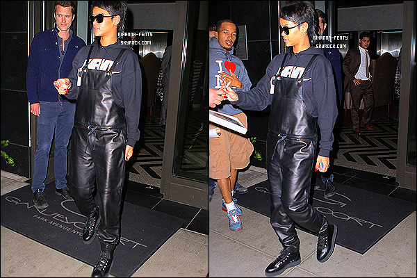 _ 09/09/2013 : Rihanna F. a été photographiée alors qu'elle quittait New York afin de rejoindre la ville de Londres.09/09/2013 : Miss Robyn Rihanna Fenty a été photographiée alors qu'elle arrivait à son hôtel à Londres. - Aime-tu la tenu de Riri ?...  -