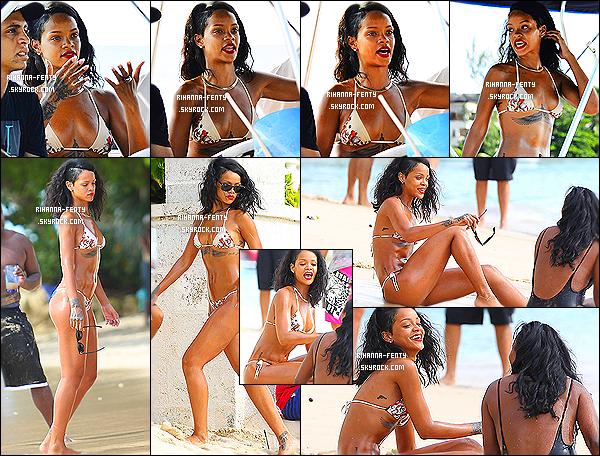 _ 06/11/2013 : R Rihanna Fenty a été photographié sur la plage à la Barbade. Rihanna F. en bikini qu'en pense tu ?04/11/13 : Rihanna à un événement caritatif à la Barbade.Elle trouvait en présente de journaliste pour donner plusieurs interviews.  -