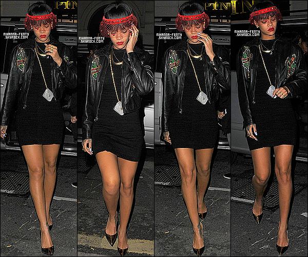 _ 26/03/2014 : Notre demoiselle Riri s'est rendue au club  « Tramp » à Londres. Aimez-vous la tenue de Rihanna? -