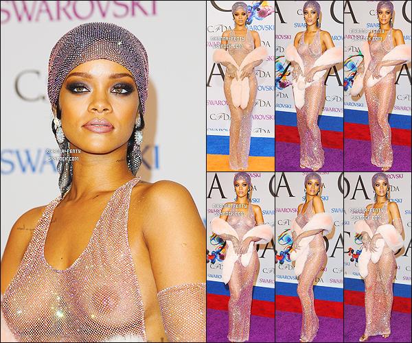 _ 02/06/2014 :  Rihanna F. était comme prévue, à la cérémonie des « CFDA Fashion Awards » à New York. Top!Riri se verra remettre son deuxième « Icon Award »; cette fois ci précédé de la mention « Fashion » Que pensez-vous de la tenue ?..  -