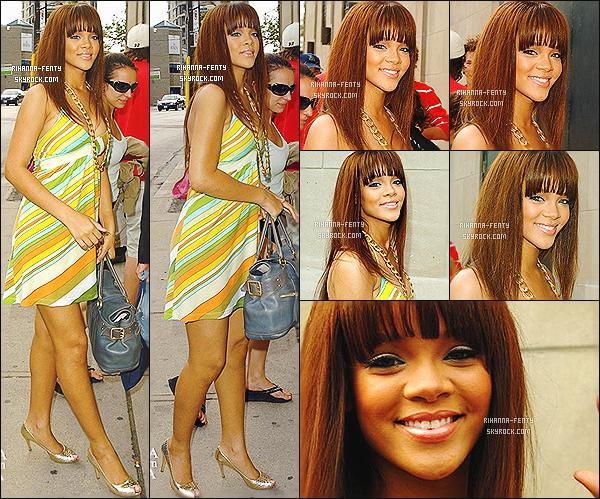 '  19/06/2006 - La belle Rihanna a été aperçue arrivant au studios MTV  au Canada. Elle est toute mignonne, un top! '