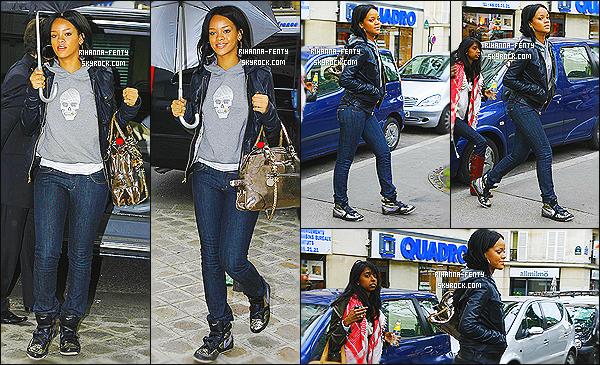 ' 03/06/2007 - De passage à Paris, Rihanna Fenty s'est rendue dans le célèbre studios de NRJ. Vous aimez ? '