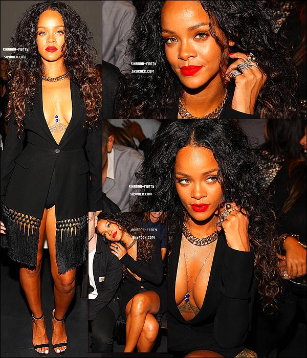 _ 06/09/2014 : Rihanna Fenty dans une tenue sexy s'est rendue au défilé « Altuzarra » à New York.Qu'en pense tu ?