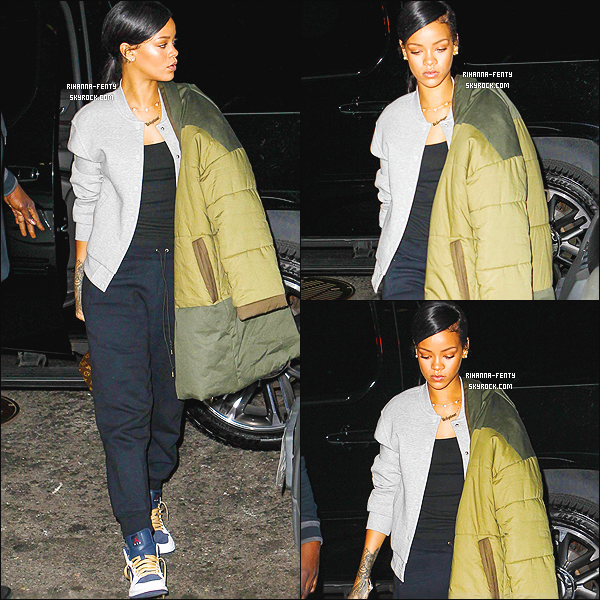 _ 05/11/2014 : Rihanna Fenty a été photographiée dans les rues de New York. - Qu'en pensez-vous de sa tenue ?04/11/2014 : Rihanna Fenty a été photographié alors qu'elle se rendez au studio d'enregistrement à New York.