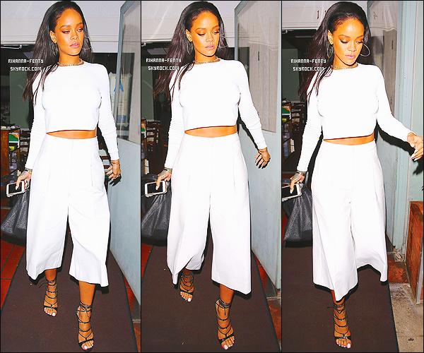 _ 06/02/2015 : Rihanna a été repérer allant dîner dans son restaurant préféré, le  « Giorgio Baldi » à Los Angeles.