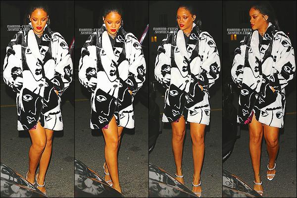 _ 10/02/2015 - Rihanna a été vue avec sa petite nièce Majesty quittant le restaurant « Giorgio Baldi » à Los Angeles. Rihanna Fenty donnera un nouveau concert au stade Pierre Mauroy de Lille cette année d'après le directeur du stade de Lille..