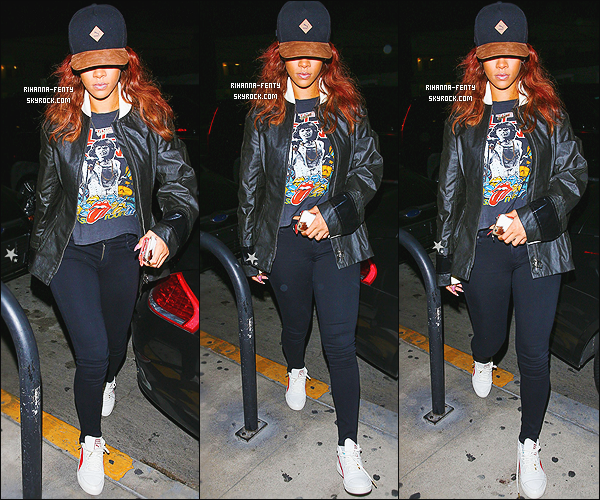 _ 30/04/2015 : Rihanna F. a été aperçue quittant Los Angeles pour se rendre à l'aéroport « JFK » à New York. - Top!