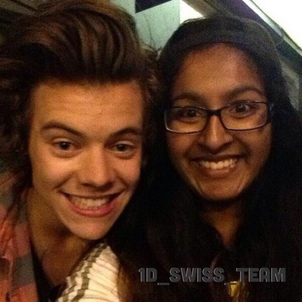 Harry aujourd'hui avec une fan à Vancouver!