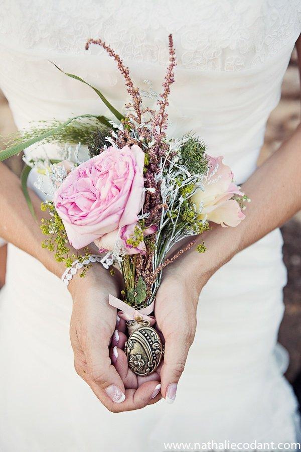 La rose est semblable a l'amour,