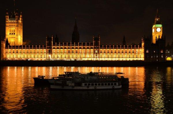 Big Ben dans le noir