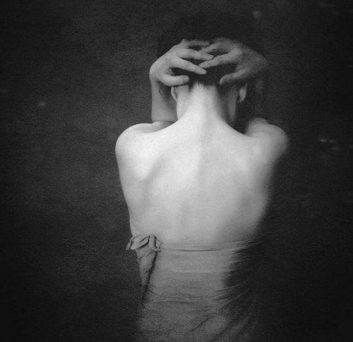 « Je ne sais pas si je commence à aller mieux, ou si je m'habitue seulement à la douleur. »