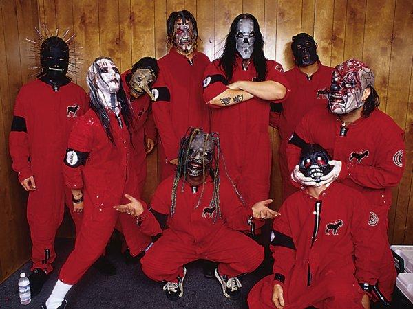 slipknot le deuxieme groupe de corey                  (corey masquer)