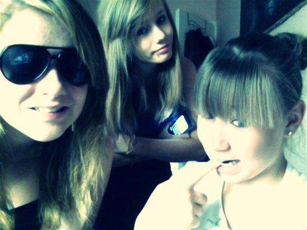 Chloe & Anna ♥