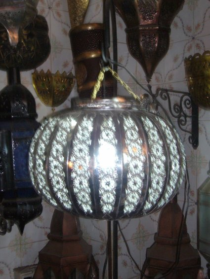 23 lustre plafonnier marocain fer forge lampe suspension. Black Bedroom Furniture Sets. Home Design Ideas