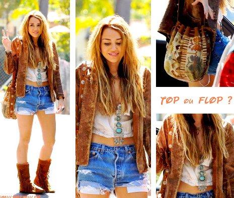 Miley Cyrus à Toluca Lake le 9 octobre 2010. =) Alors Top ou Flop sa tenue?