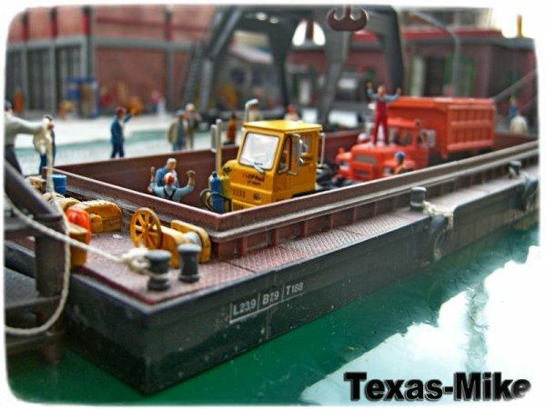 Hafen- und Terminalverladung Athearn Mack R Model