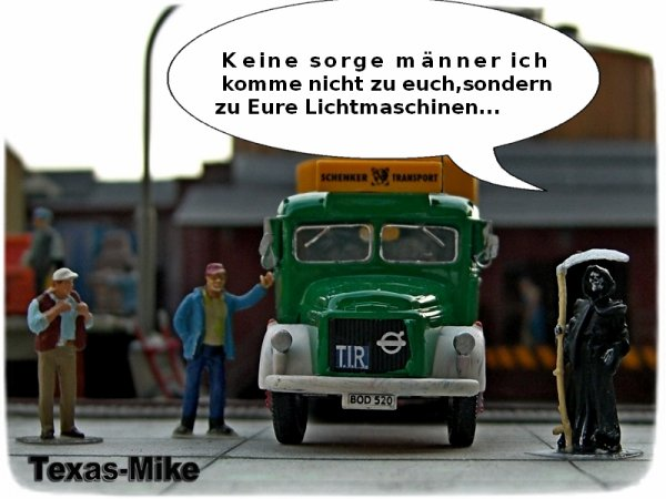 "Brekina 85611 Volvo N 88 PP-Sattelzug ""Schenker"" (S)"