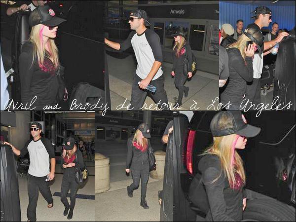 Avril & Brody (Elle aurait pu le laisser au Mexique celui-là ! ) de retour à Los Angeles
