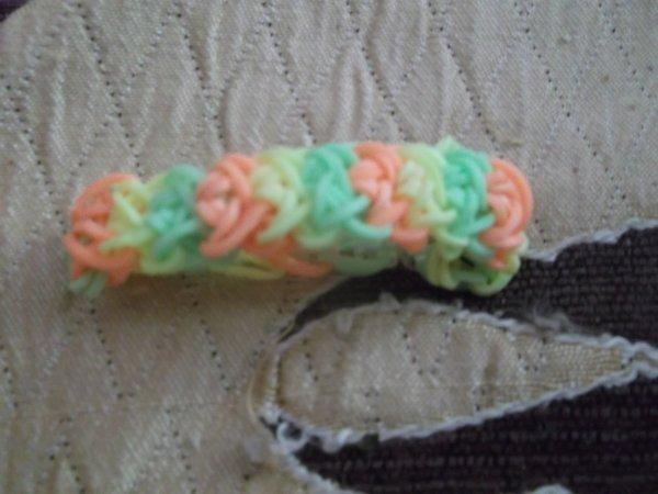 bracelets  Rainbow Loom en élastiques