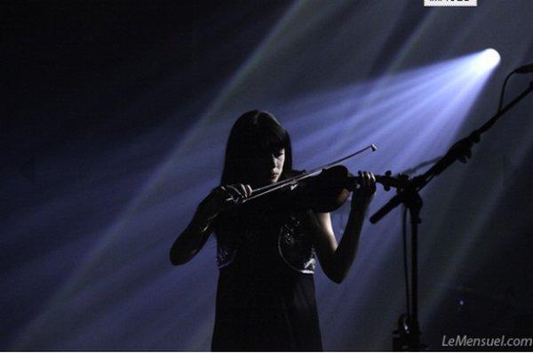 NOLWENN LEROY EN CONCER A VANNES AU CHORUS , LE 17 MAI 2012