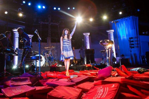 NOLWENN EN CONCERT AU FESTIVAL DE RAMATUELLE , LE 11 AOUT 2012