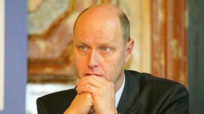 [EXCLUSIF PRESIDENTIELLES 2012] : Posez vos questions à CARL LANG, candidat à l'élection présidentielle pour le PARTI DE LA FRANCE.
