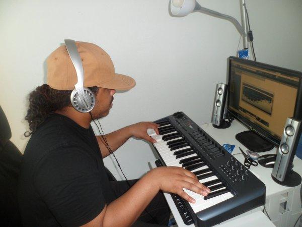yezir instrumental FLR PROD'Z (le kubin) (2012)