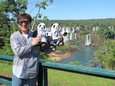 Jackie visite au Brésil le 8 février 2012