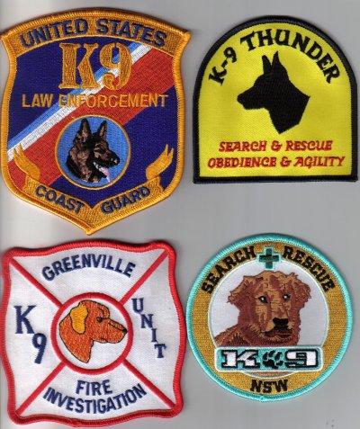 les chiens de recherches  catastrophes sauvetages qlq ecussons