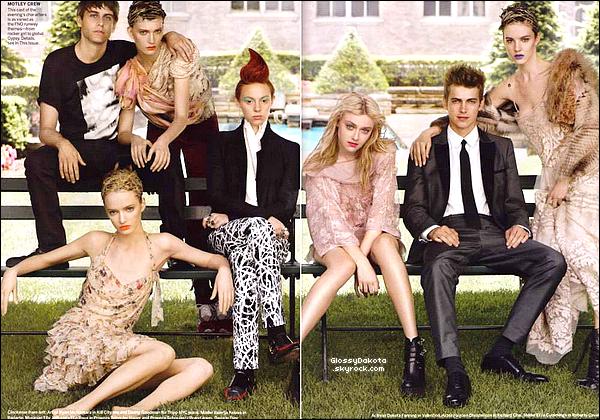 """* À l'occasion de la """"Fashion's Night Out"""" à New York, Dakota et d'autres célébrités ont posés pour le magasine Vogue de septembre.Que pensez-vous de Dakota et des autres ? Pour plus d'images la vidéo et là. *"""