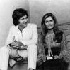 Dalida et Joe Dassin reçoivent un Oscar de la Popularité le 28 Octobre 1970