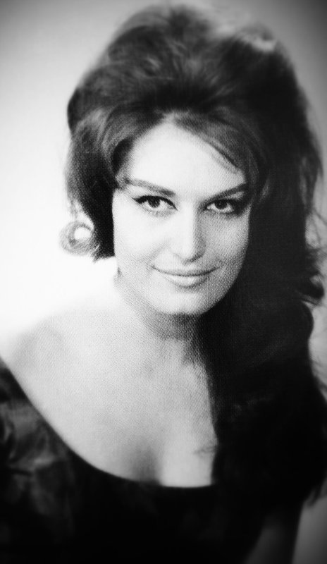Bellissime Dalida vers 1961