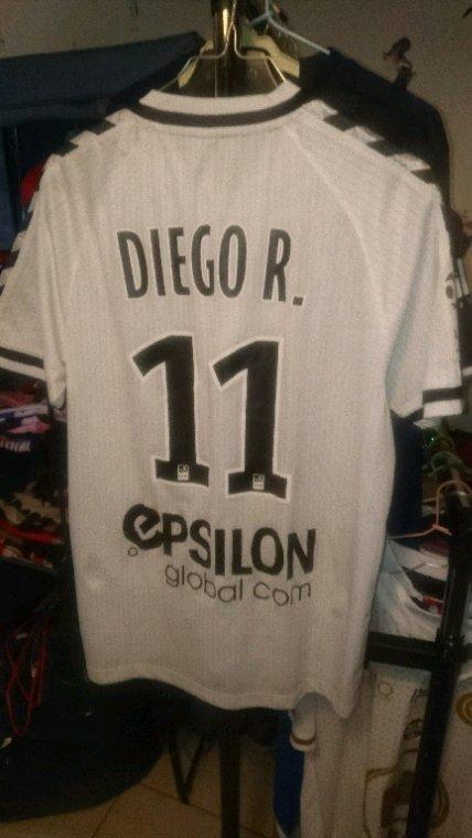 Maillot porté Diego