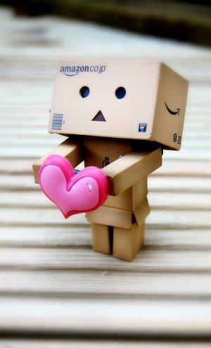 Essayer d'oublier une personne que l'on aime c'est comme essayer de se souvenir de quelqu'un que l'on ne connaît pas... ♥