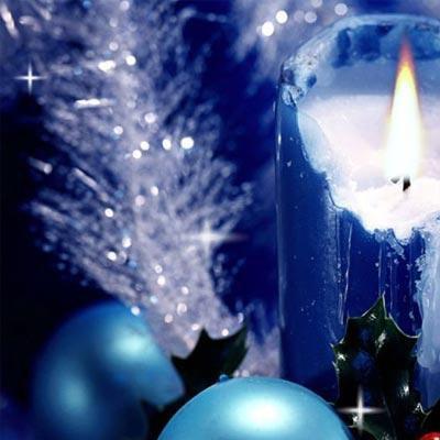 """"""" L'enfance c'est de croire qu'avec le sapin de Noël et trois flocons de neige toute la terre est changée. """"  André Laurendeau"""