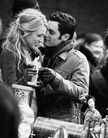 """"""" On a pas besoin d'un conte de fée, on a juste besoin de quelqu'un avec qui on est bien """"  grey's anatomy"""