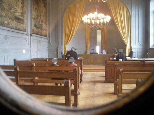 Le Tribunal rejette catégoriquement les plaidoiries des avocats de la défense - Pour certain Juge, la Justice avant tout - La Police Témoin des faits.