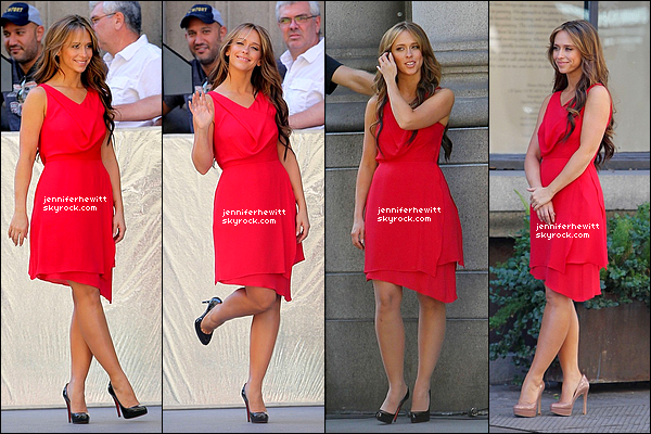 """26/10/2012 - Jennifer Love Hewitt en rouge a été aperçue sur le set de la saison 02 de """"The Client List""""."""