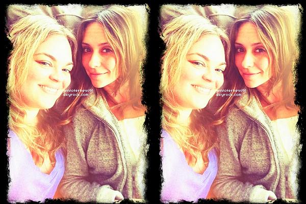 06/04/2013 - Jennifer Love Hewitt à été vue en séance shopping au Kitson avec Rebecca Field dans Los Angeles.