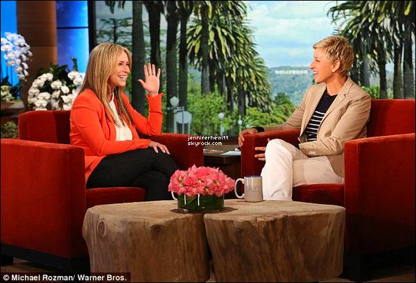 01/04/2014 - Jennifer Love Hewitt s'est rendue à l'émission d'Ellen DeGeneres pour discuter de sa famille.
