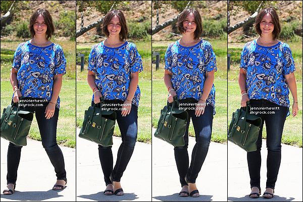 19/05/2014 - Hewitt, la magnifique a été aperçue avec une nouvelle coupe ainsi qu'une nouvelle couleur.