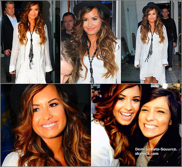 19 Septembre -Demi a été interviewée sur le plateau de Good Morning America par Robin Roberts.