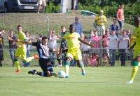 Matchs amicaux - Partie 1 [ FCN vs Meyrin FC ; FCN vs Angers ]