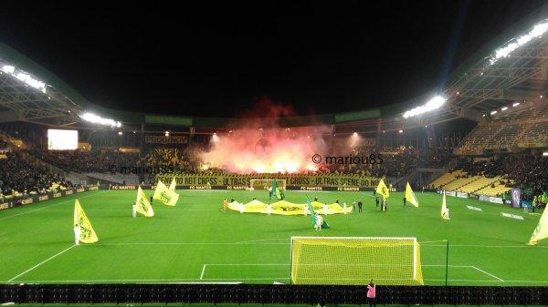 FCN / Toulouse : Tifo en Tribune Loire