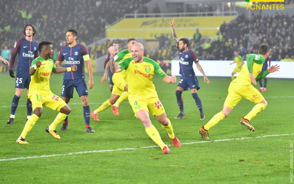 FCN / Paris : 0 / 1