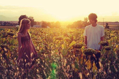 Ce moment inconfortable quand tu dois saluer par un baiser sur la joue a qui tu a déjà embrassé.