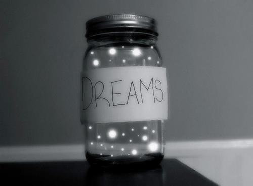 Sans mes rêves, je ne pourrais rien avoir à raconter les matins.