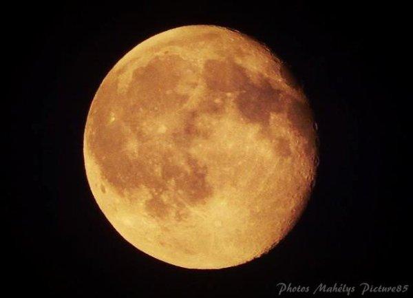Notre Belle lune