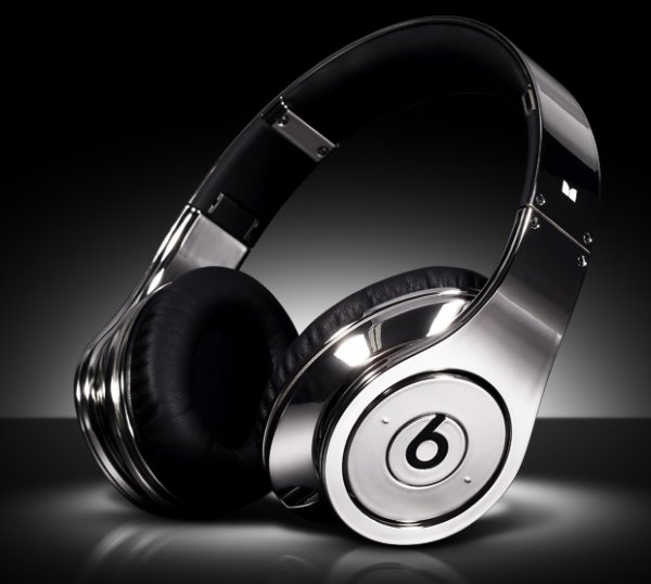 Dr. Dre - Le Beats Chrome, Un Casque Brillant